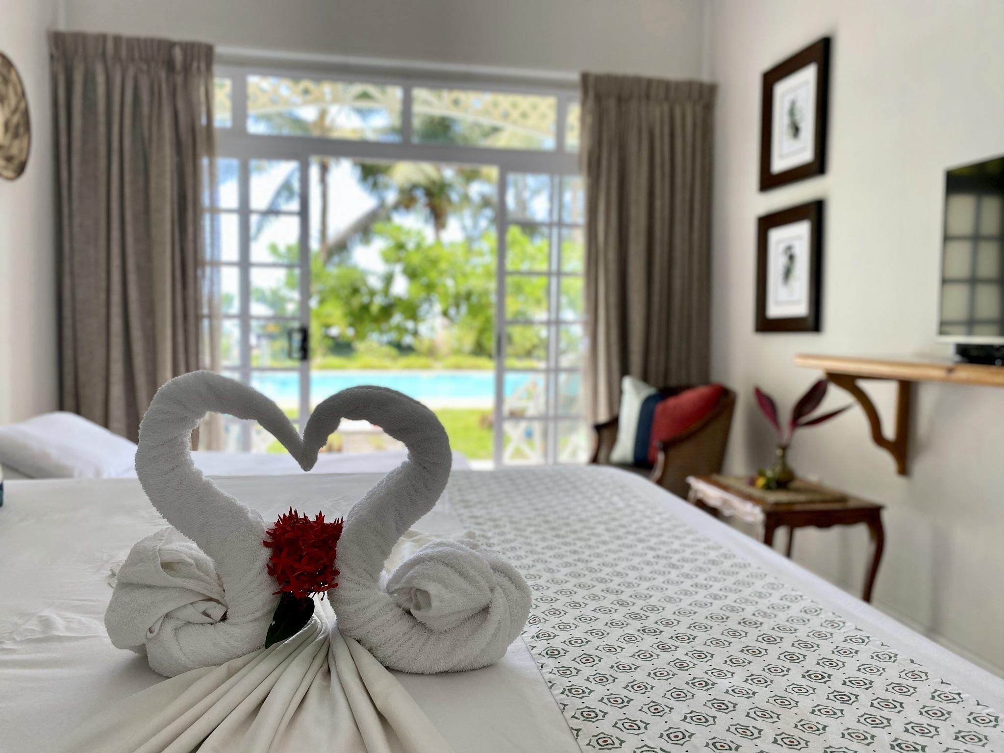 Palm Beach - Seychelles Hotel